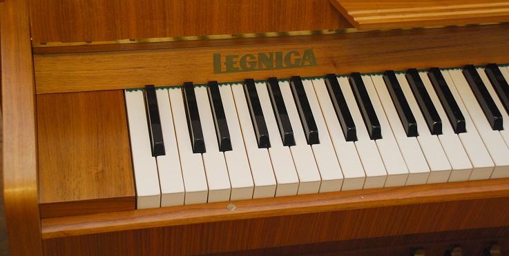 das legnica klavier modell 108 gebraucht von goecke und